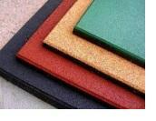 Плитка из резиновой крошки: особенности и достоинства
